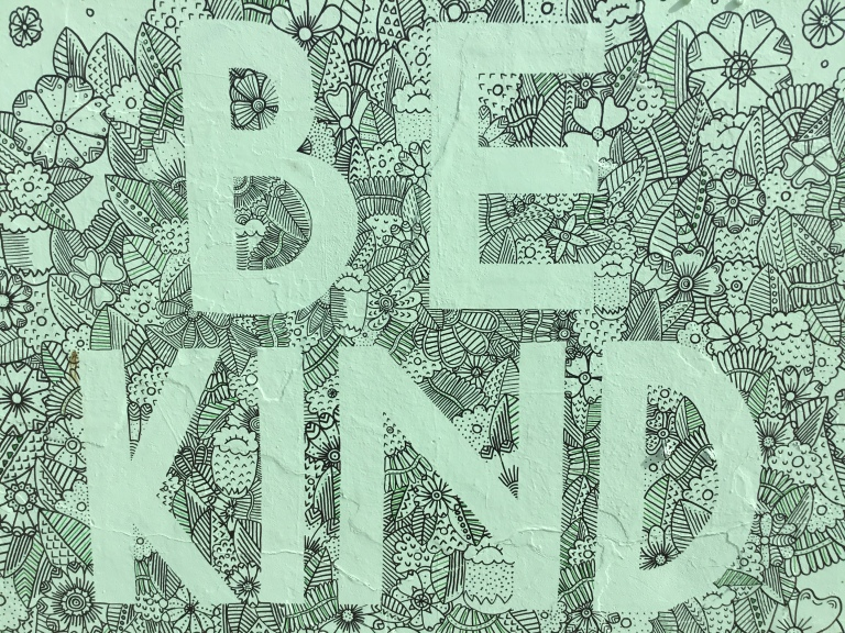 2017 - Amy Peel - Be Kind - Close